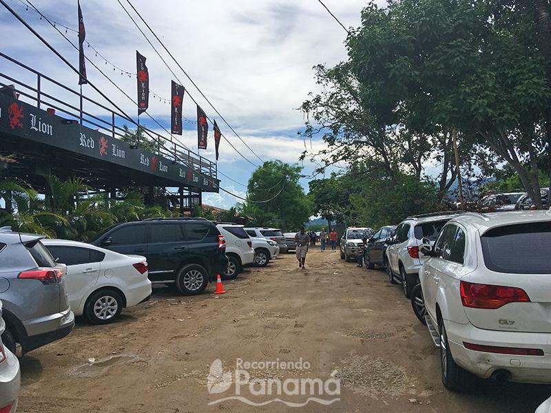Área de estacionamientos.