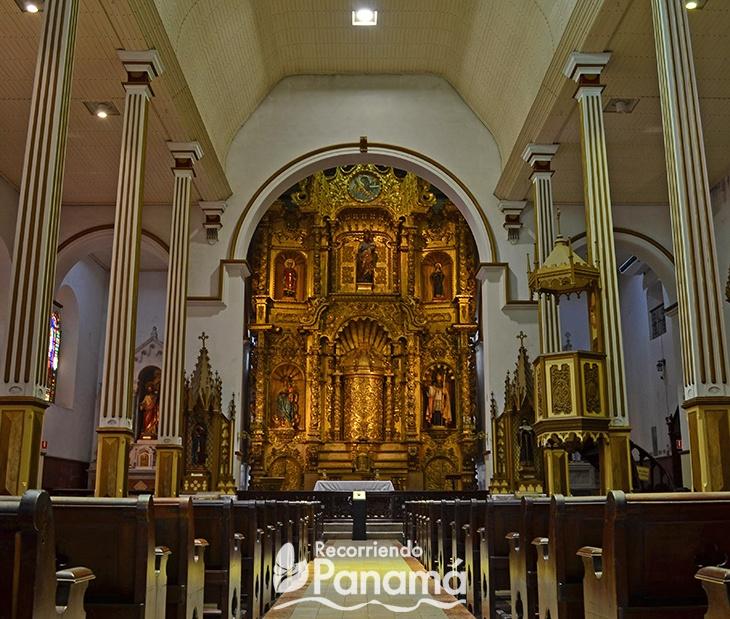 Altar de oro de la Iglesia San José