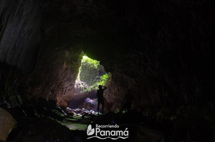 Algunos tragaluz en las cuevas