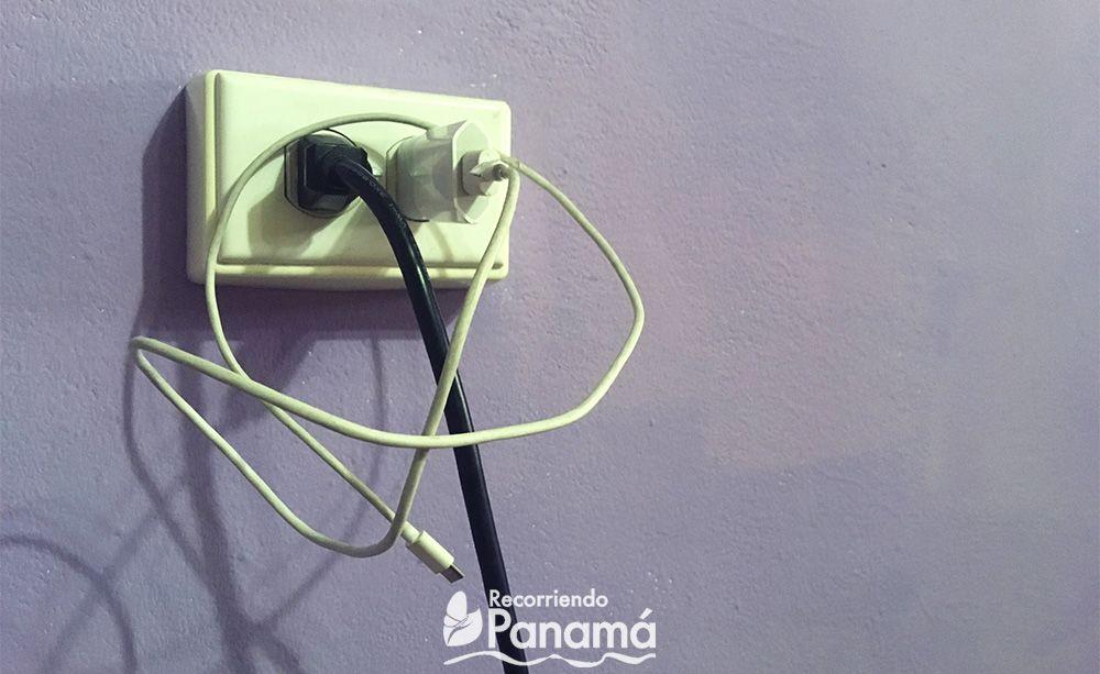 Recuerda desconectar los cables que no estés usando.
