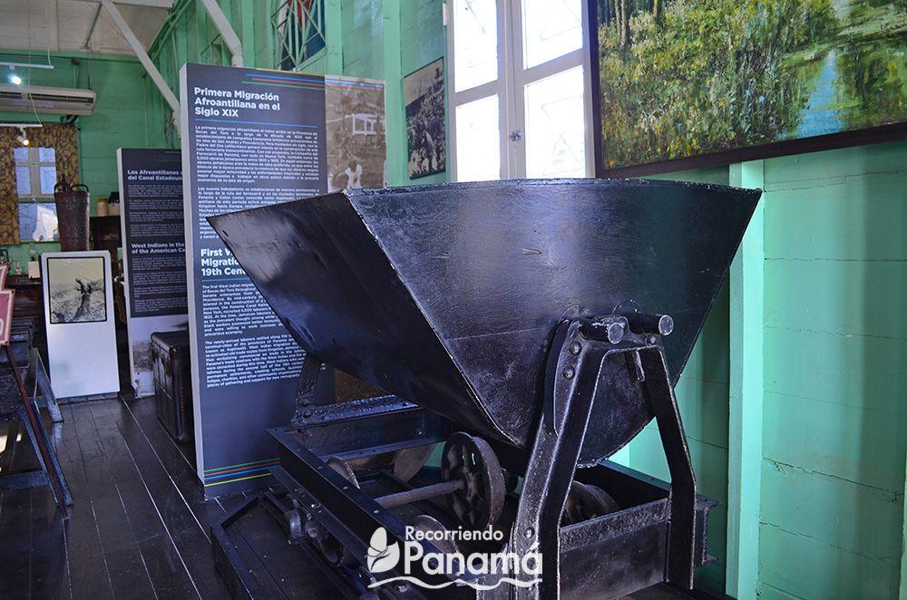 Tanque usado en las excavaciones.