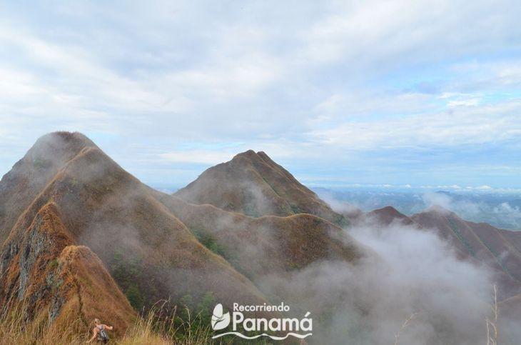 picacho-ola-neblina